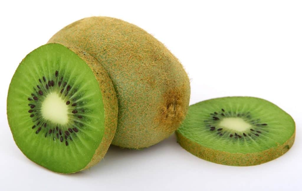 Health-Benefits-Of-a-Kiwi
